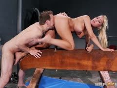 Sporty blonde Capri Cavalli is fucked on the vaulting horse
