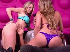 Blondes fuck in a threesome